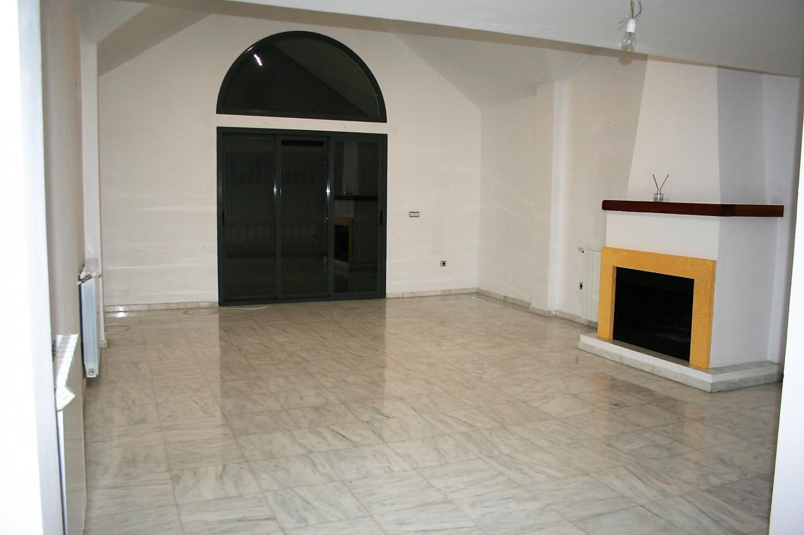 Chalet en alquiler con opción a compra en Dílar, 1.000 €/mes