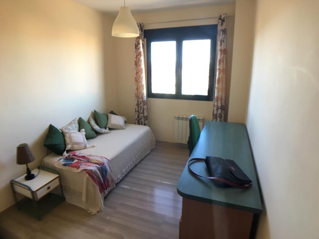 Piso en alquiler en Chana (Granada), 850 €/mes (Temporada)