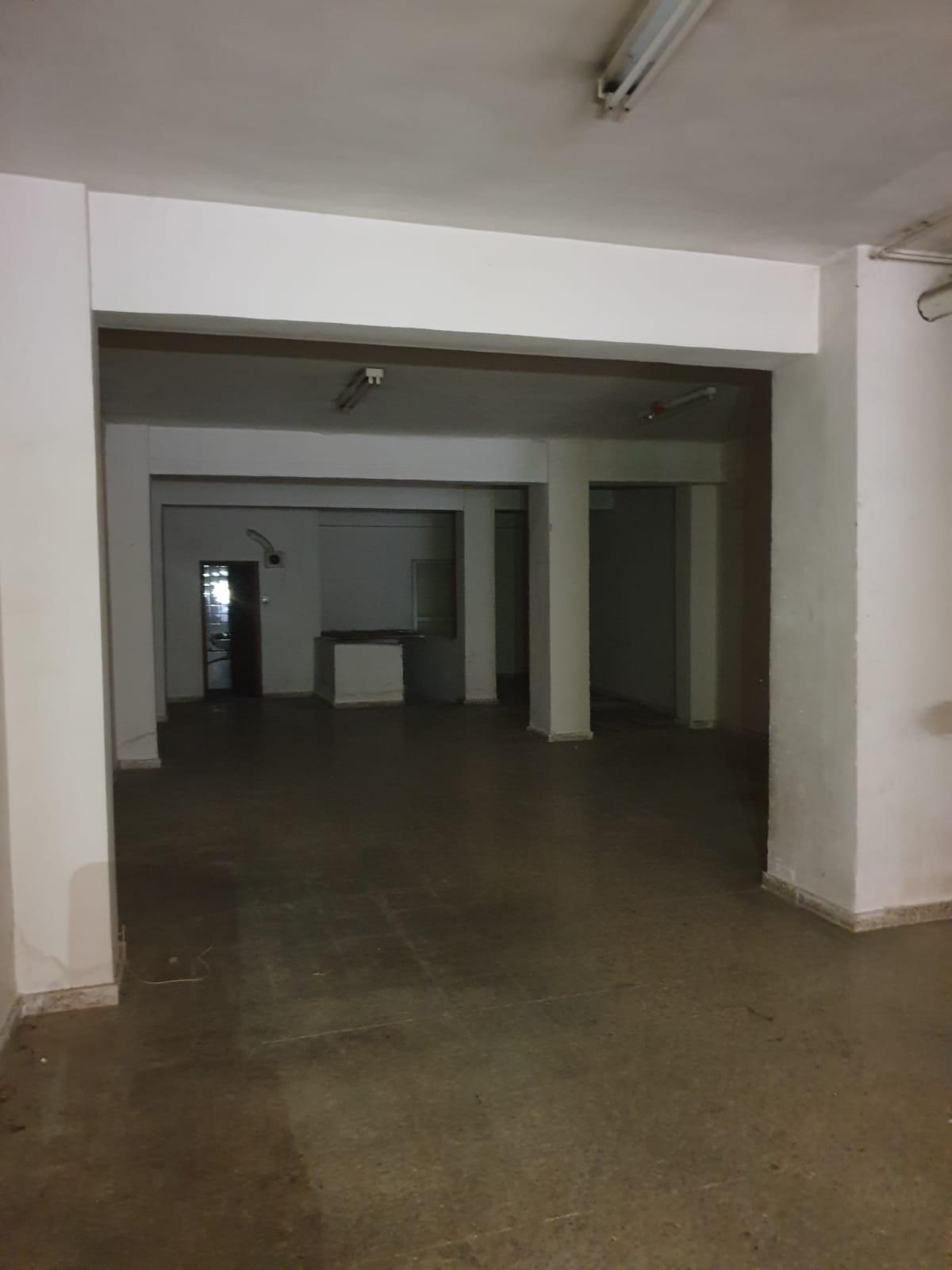 Commercial Premises for rent in Centro-Sagrario (Granada), 800 €/month