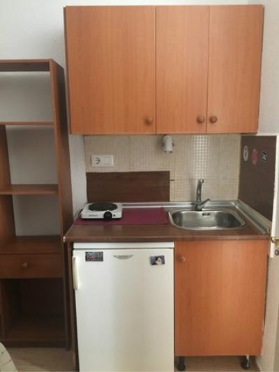 Piso en alquiler en Centro-Sagrario (Granada), 280 €/mes