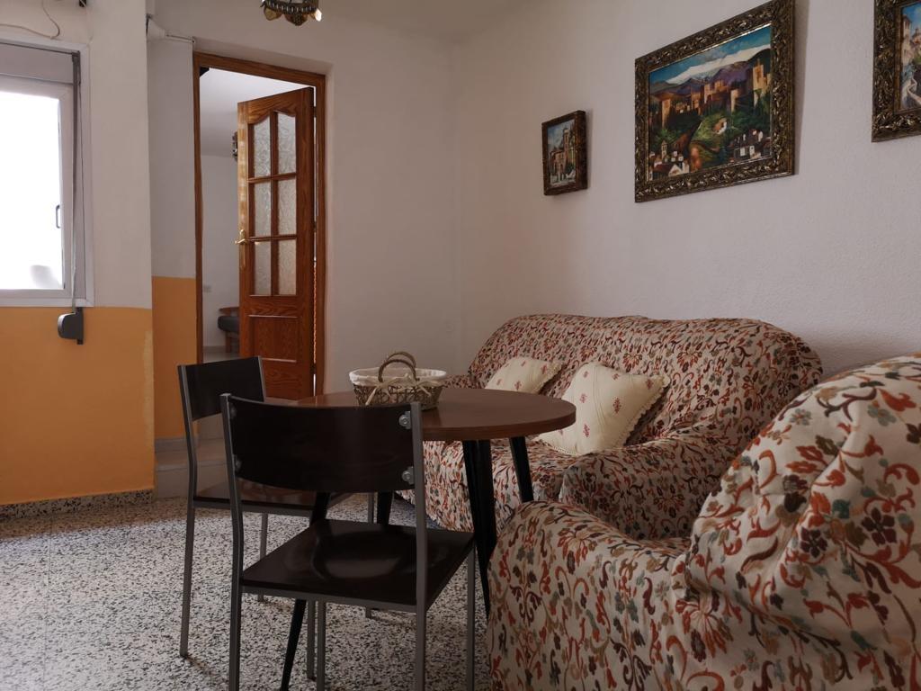 House for rent in San Matías-Realejo (Granada), 700 €/month (Season, Students)