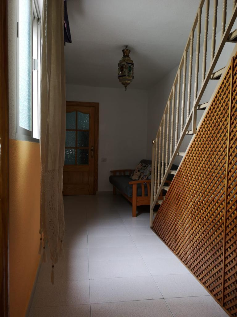 Talo vuokrattavissa  San Matías-Realejo (Granada), 700€/Kuukausi (Kausi, Opiskelijat)
