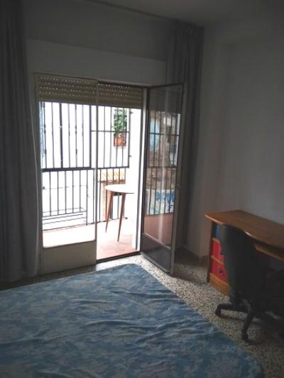 Flat for rent in San Matías-Realejo (Granada), 600 €/month (Season, Students)