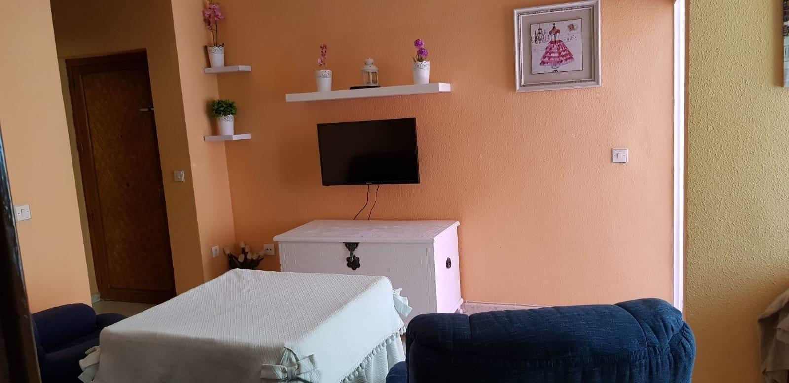 Flat for rent in Casería de Montijo (Granada), 650 €/month (Season, Students)
